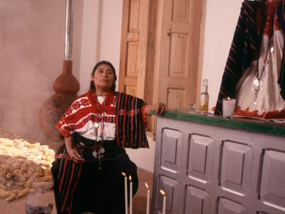 María Meza Girón, Textiles