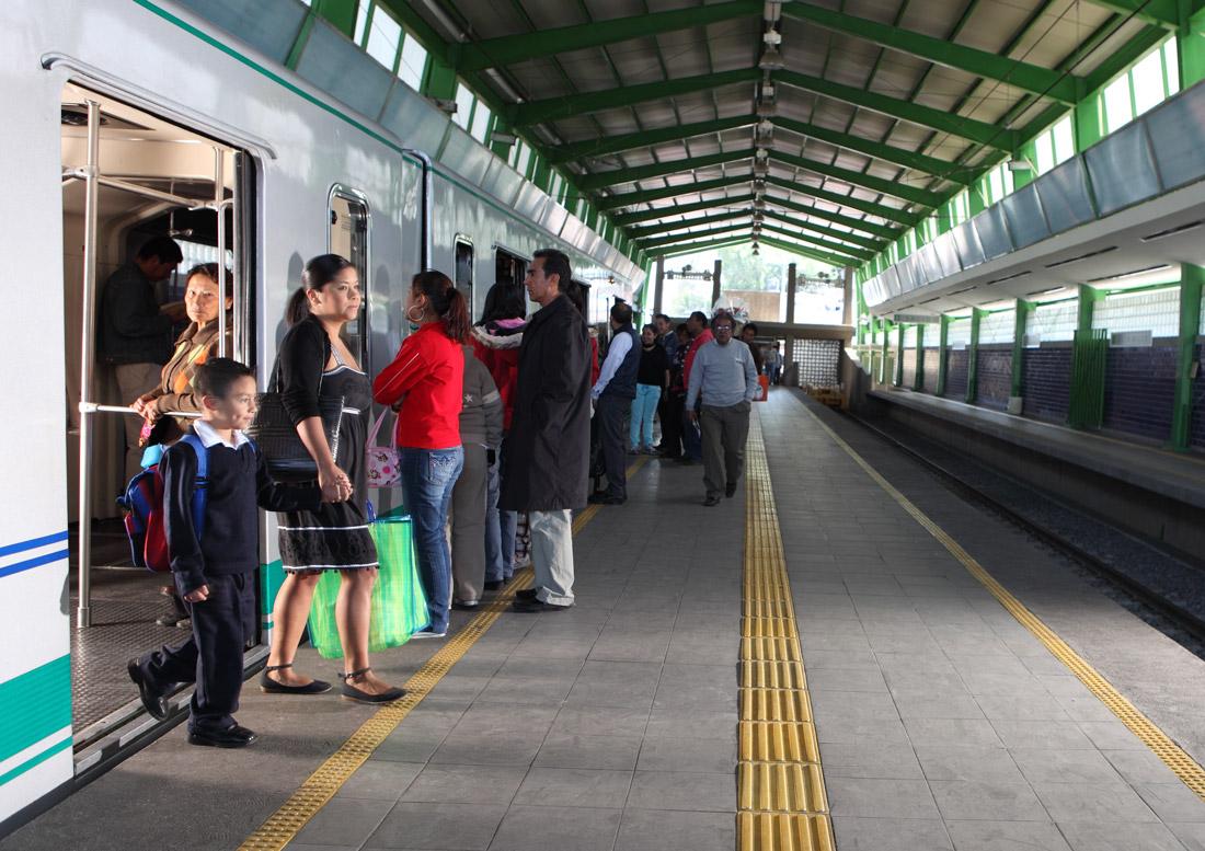 SISTEMA DE TRANSPORTE DEL DISTRITO FEDERAL, GDF, 2010